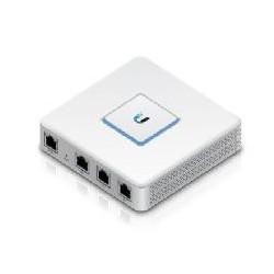 Switch 3 puertos ubiquiti...